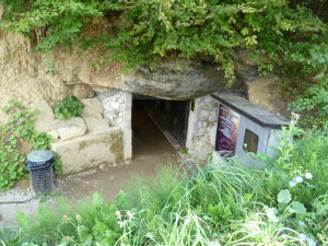 Ravne Tunnel entrance